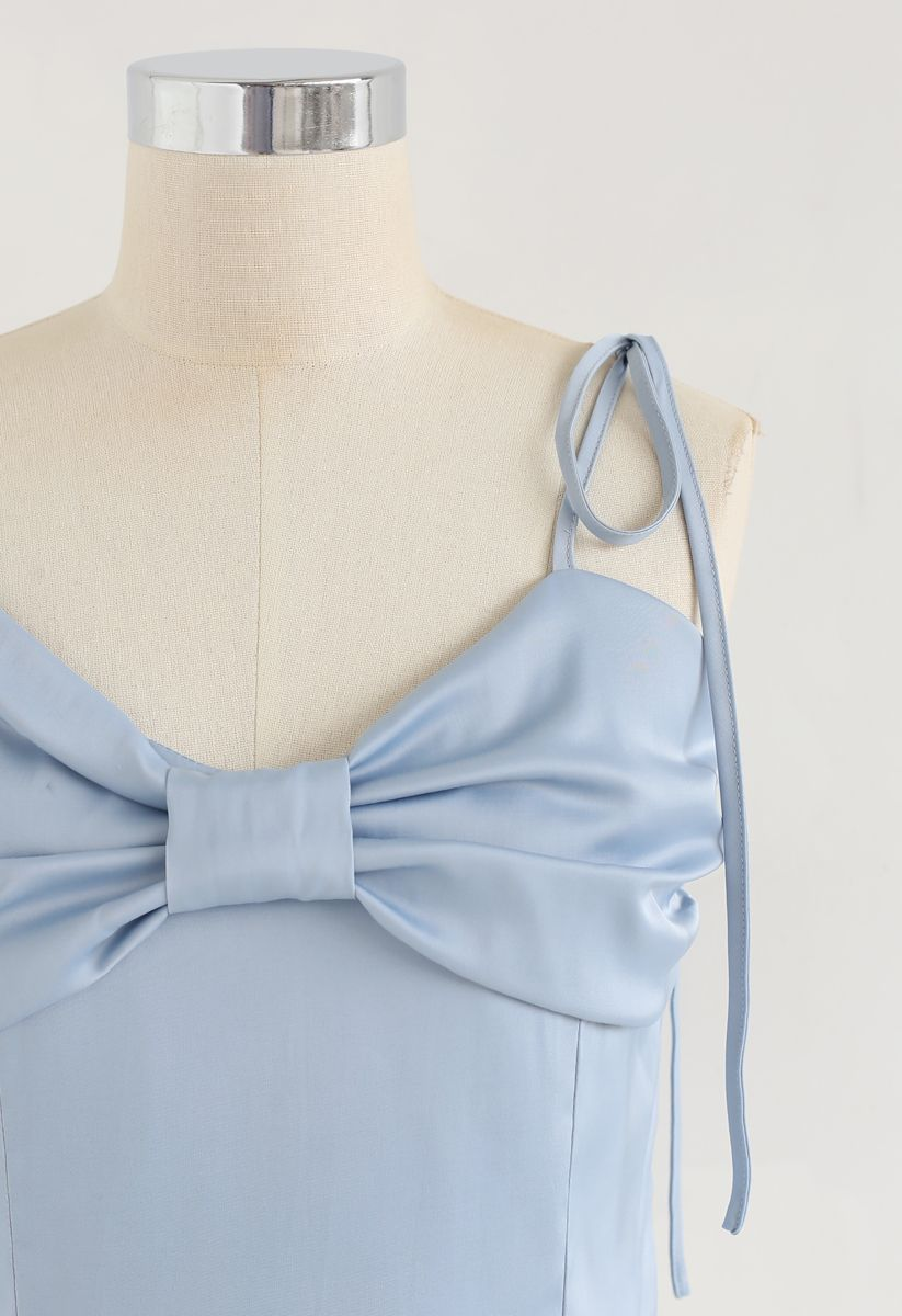 Shirred Sweet Knot Cropped Cami Top in Blue