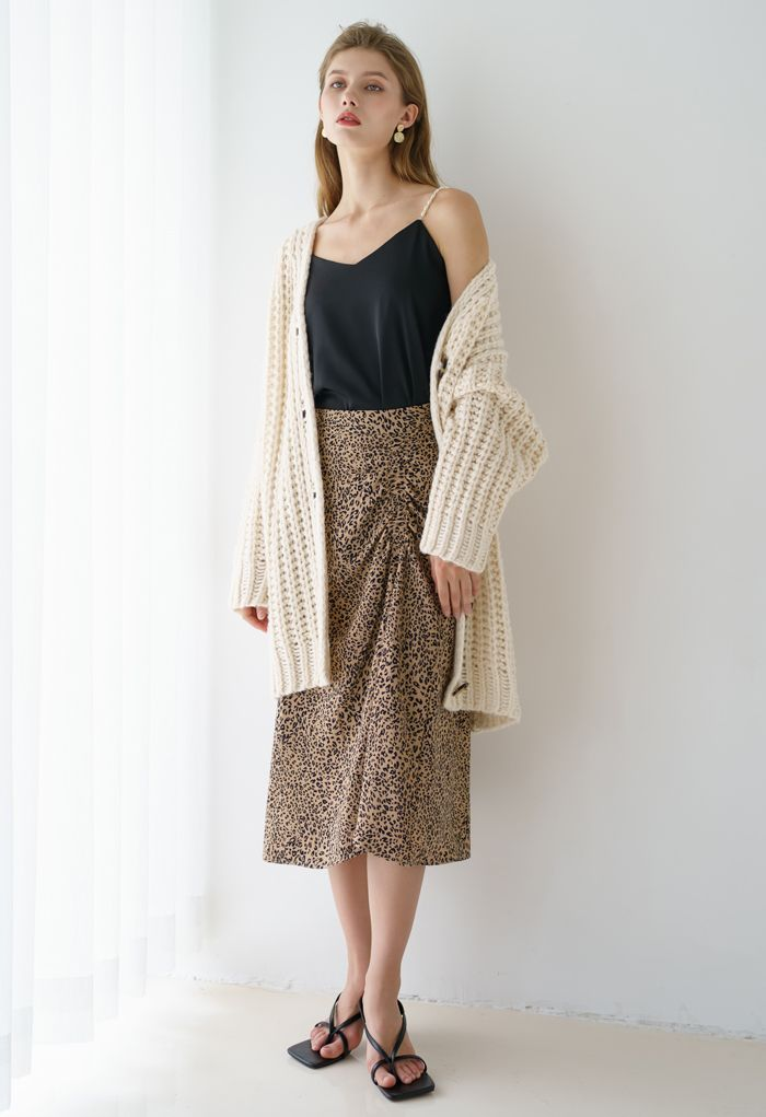 Hollow Out Chunky Knit Buttoned Cardigan in Cream
