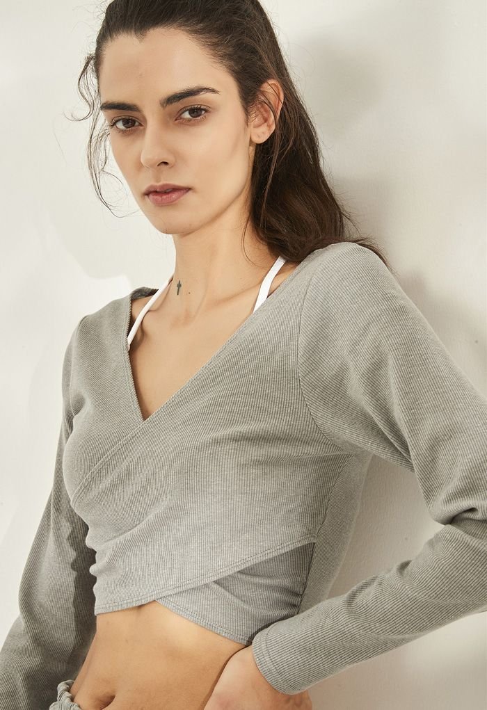 Crisscross Front Long Sleeves Ribbed Top in Grey