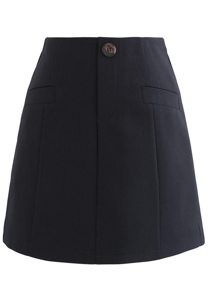 Pocket Embellishment Bud Skirt in Black