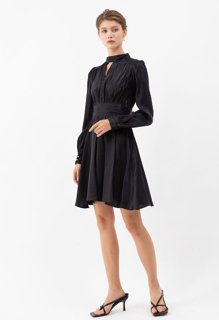 Shiny High Neck Pleated Dress in Black