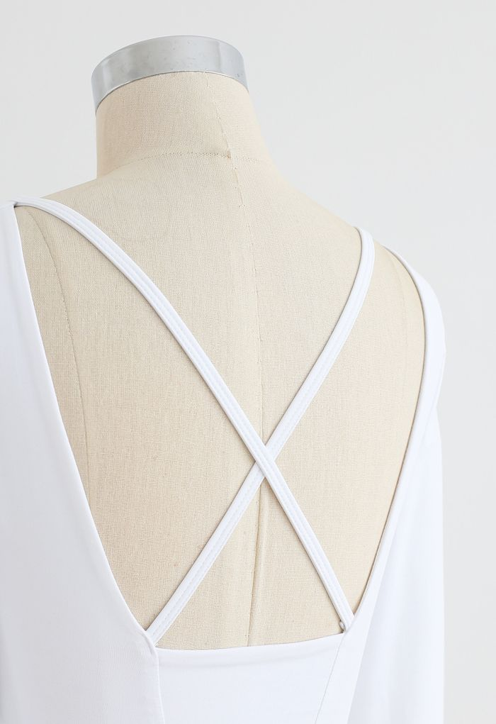 Crisscross Straps Crop Top in White