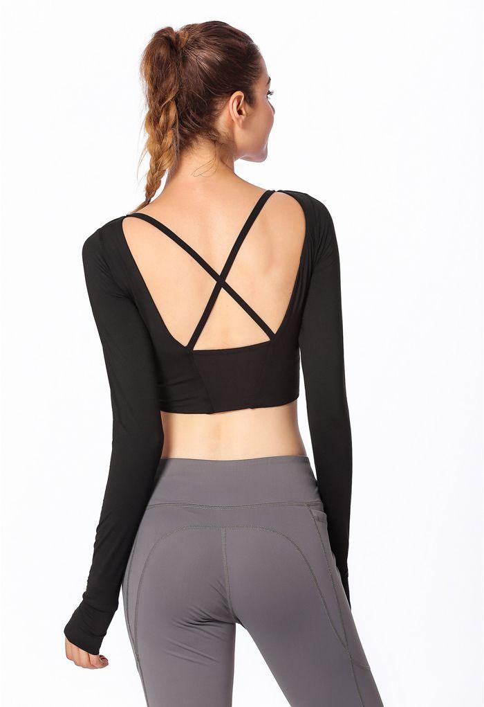 Crisscross Straps Crop Top in Black