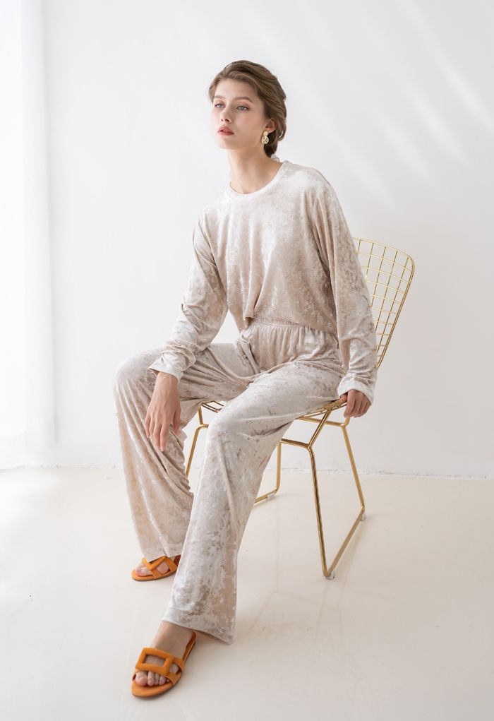 Shiny Velvet Long Sleeves Top and Pants Set in Ivory