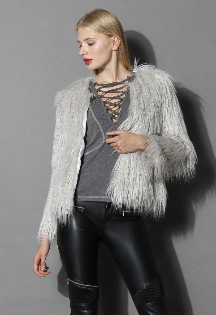 My Chic Faux Fur Coat in Silver
