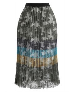 Color Blocked Floral Mesh Pleated Midi Skirt in Army Green