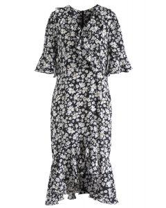 Dainty Floret Print Asymmetric Frilling Dress in Black
