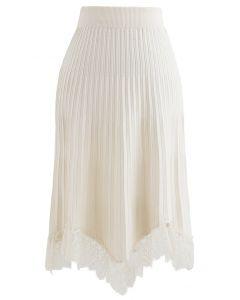 Lace Trim Pleated Knit Midi Skirt in Cream