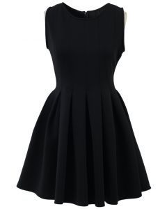 Favored Sleeveless Skater Dress in Black